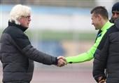 ابلاغ حکم محرومیت جپاروف به باشگاه استقلال یک روز پس از انتقاد برانکو