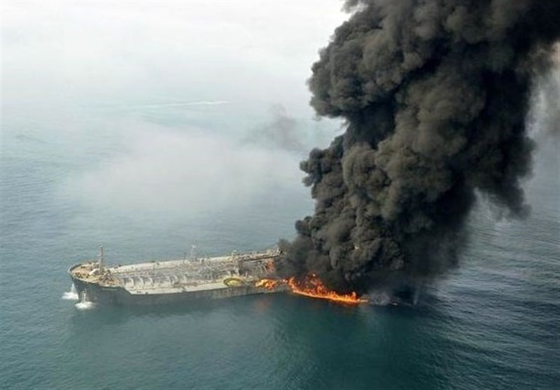 Iran Calls on Armies of China, Japan to Help Rescue Oil Tanker's Crew