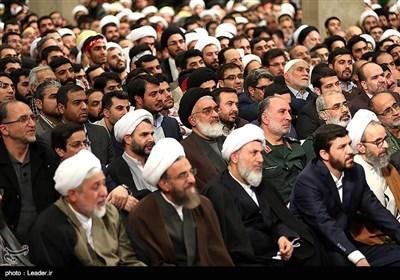 Leader Ayatollah Khamenei Receives People from Iran's Holy City of Qom