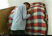 درماندگی پزشکان از درمان بیمار لرستانی؛ مردی که فقط ایستاده میخوابد+فیلم
