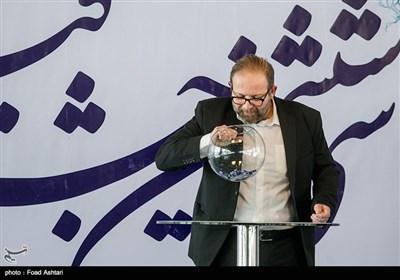 بابک برزویه در مراسم قرعهکشی سیوششمین دوره جشنواره فیلم فجر