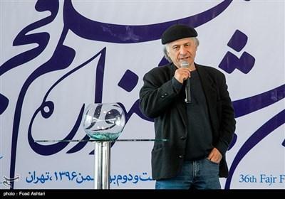 خسرو معصومی در مراسم قرعهکشی سیوششمین دوره جشنواره فیلم فجر