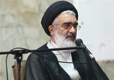 آیت الله سعیدی: کمک مؤمنانه جامعه برای دستگیری مستمندان تداوم داشته باشد