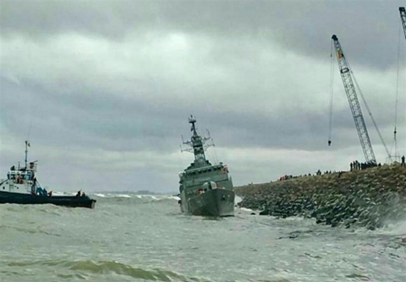 Iran's Caspian Destroyer Suffers Minor Damage in Accident