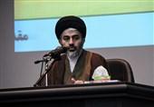 انتقاد امام جمعه ارومیه از ترویج دنیاطلبی از سوی برخی مدیران