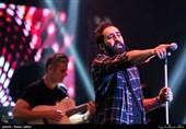 سیوسومین جشنواره موسیقی فجر| کنسرت مهدی یراحی و امید حاجیلی به روایت عکس