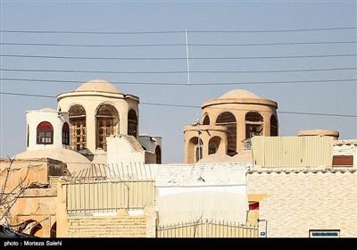 نمای بیرونی یکی از کنیساهای یهودیان در محله جویباره اصفهان