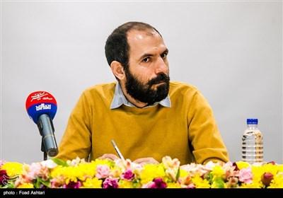اصغر دشتی کارگردان تئاتر در نشست خبری سیوششمین دوره جشنواره تئاتر فجر