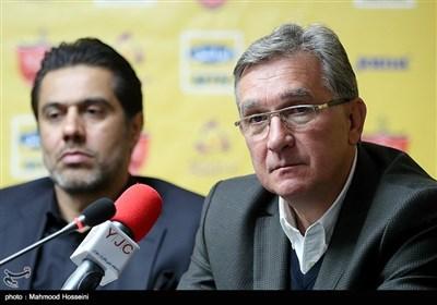 برانکو سرمربی و افشین پیروانی مدیر تیم فوتبال پرسپولیس