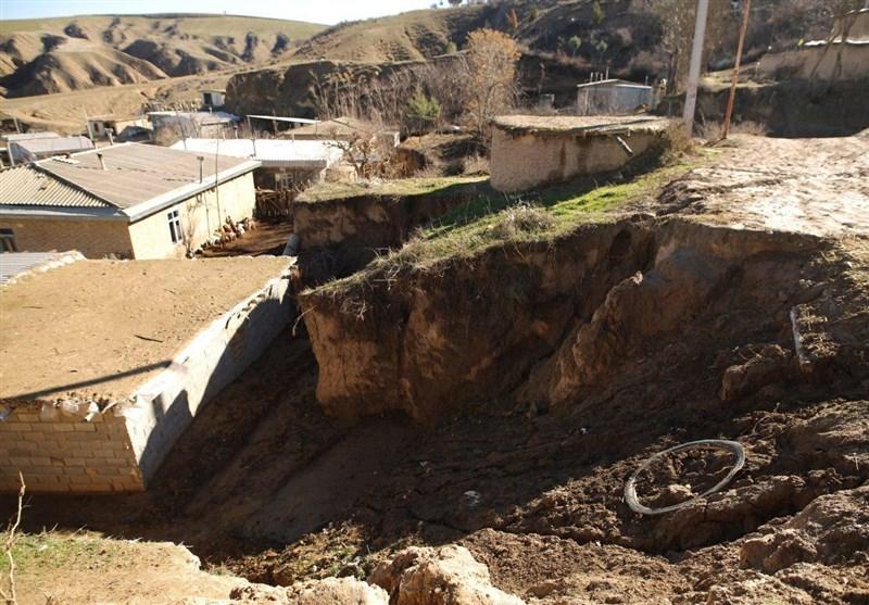 """زندگی زیرسقفهای لرزان؛ وضعیت خانههای روستایی مراوهتپه """"بحرانی"""" است"""