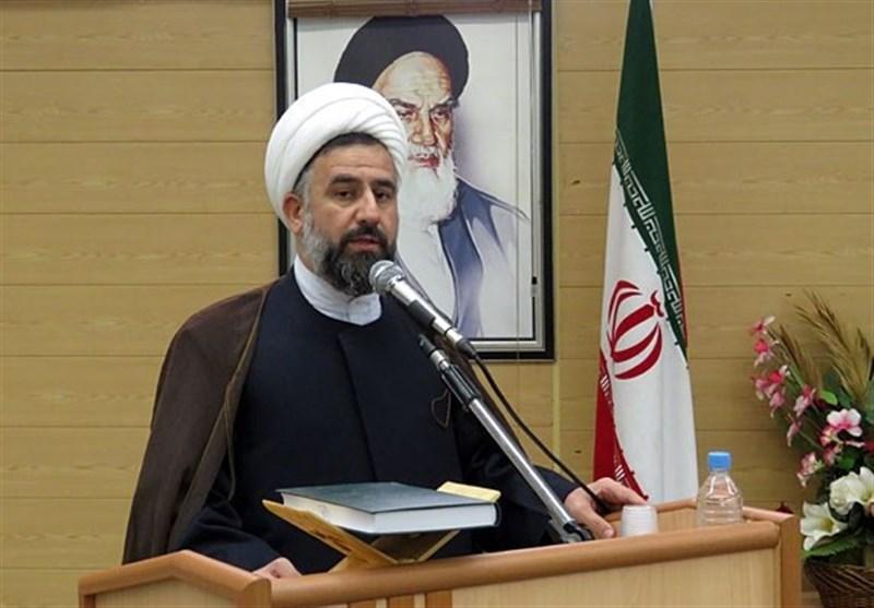 روز ملی استکبارستیزی| مدیر حوزه علمیه یزد: آمریکاییها مردم ایران را از تحریم نترسانند؛ 40 سال با انواع تحریم روبهرو بودهایم