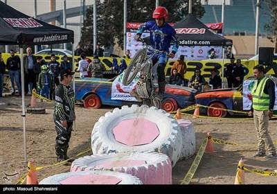 ایران کے دارالحکومت تہران میں ٹریلز موٹرسائیکل مقابلے