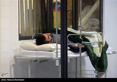 حضور خانوادههای داغدار سرنشینان کشتی غرق شده سانچی در شرکت ملی نفتکش ایران
