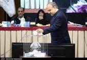 سلطانیفر: با یک پست کلیدی از ظرفیت کیومرث هاشمی در وزارت ورزش استفاده میکنیم