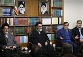 آجورلو: حضور دنیزلی در تبریز هیچ مشکلی درست نمیکند