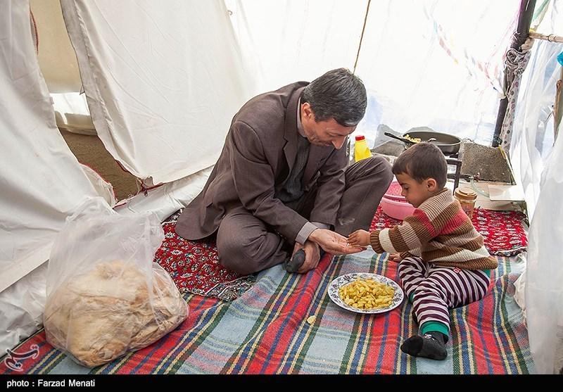 نگاهی به سفر فتاح به مناطق زلزلهزده| از افزایش 3 برابری عیدی مددجویان زلزلهزده تا اتمام ساخت منازل روستایی در فصل آینده