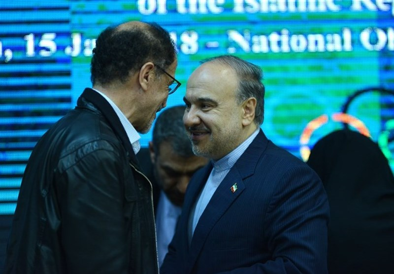 رخصت خسرویوفا از وزیر ورزش