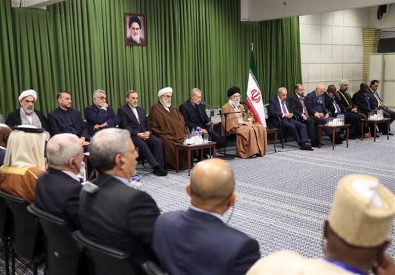 امام خامنهای: سعودیها در حال خیانت هستند/ نگذاریم برای رژیم صهیونیستی حاشیه امن درست شود