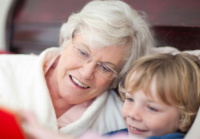 Impact of Relatedness on Grandmothers' Desire to Care for Their Grandchildren