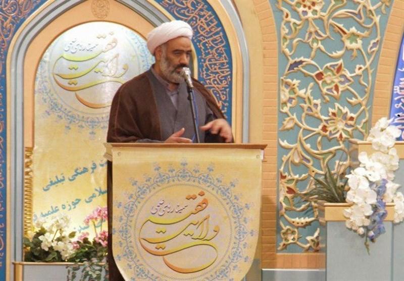 اصفهان| فرصت تبلیغات در میدان دانش آموزی در برخی شرایط از ما گرفته شده است