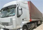کامیون حامل کفش و پوشاک قاچاق در دشتستان توقیف شد