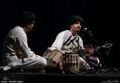 جشنواره موسیقی فجر| هنرمند افغانستانی با رباب، سنتور نواخت + فیلم و عکس