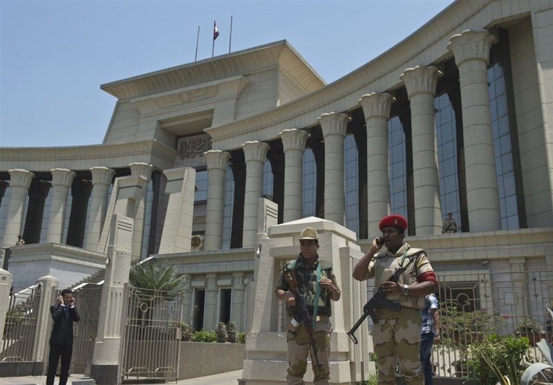 Egyptian Military Court Senesces Eight People to Death