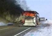 یک دستگاه اتوبوس در جاده هراز دچار حریق شد