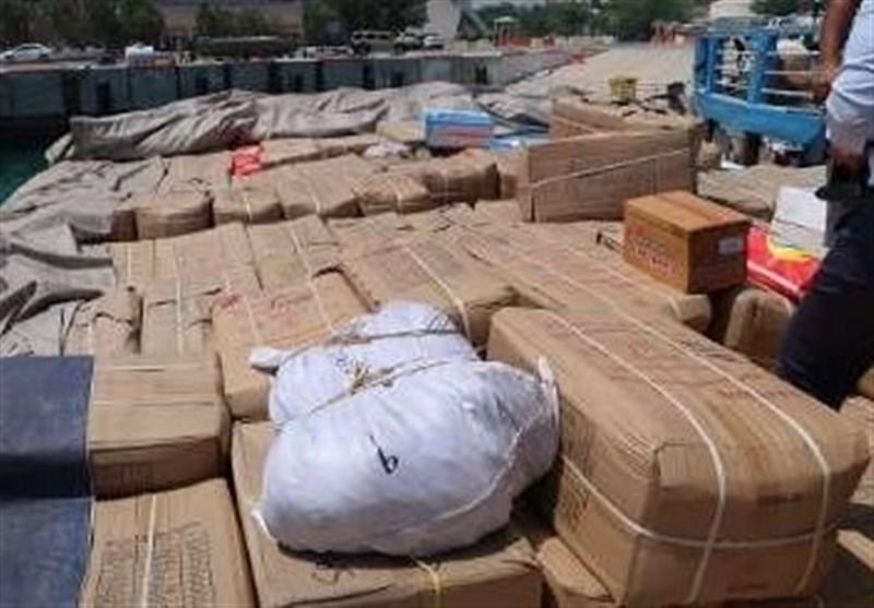 کشف بیش از 4 میلیارد ریال کالای قاچاق از یک فروند لنج تجاری در بندرعباس