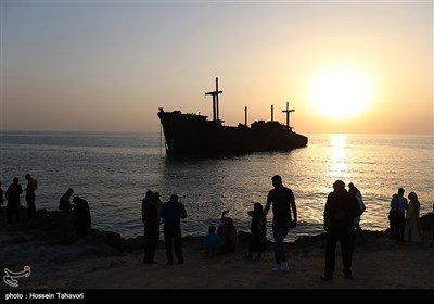 Commemoration Ceremony Held on Kish Island for Iranian Sailors