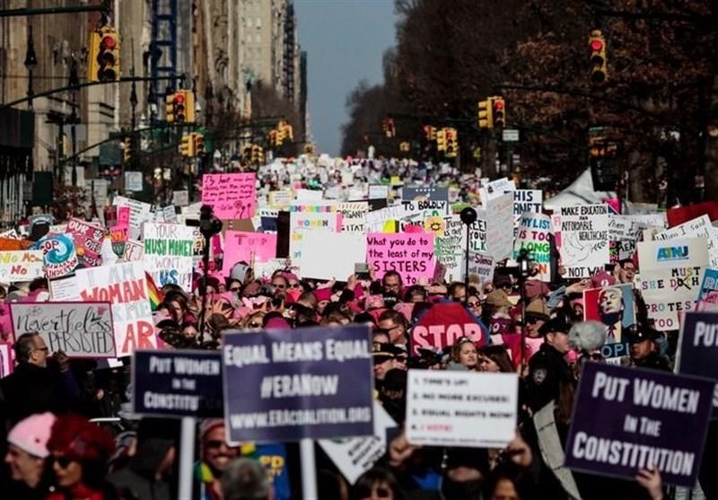 ٹرمپ کے خلاف امریکی خواتین کا مظاہرہ