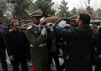 پیکر پدر شهید قپانی در گلزار شهدای تهران آرام گرفت+عکس