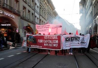 تصاویر| اعتراض سوئیسی ها به حضور ترامپ در اجلاس داووس