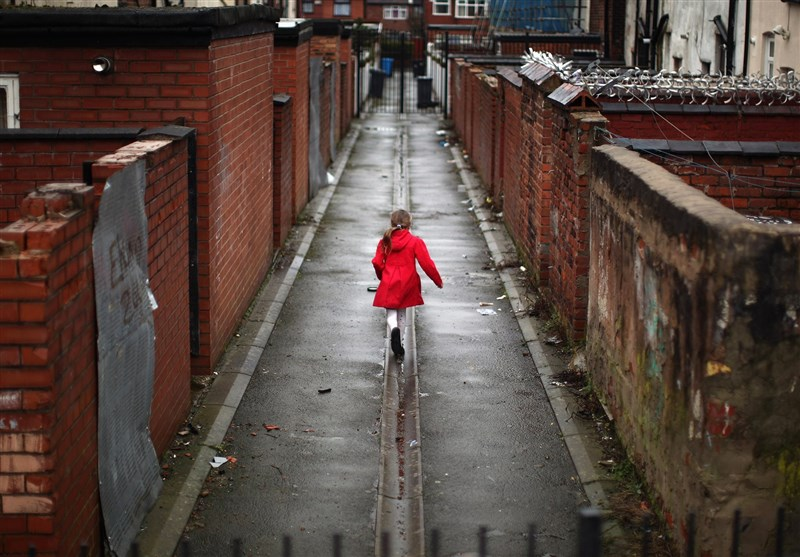 Half of Children in Areas of the UK Growing Up Poor, Study Shows