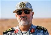 """قائد القوة البریة للحرس الثوری یتفقد المناطق الحدودیة مع """"قره باغ"""""""