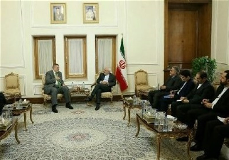 Iran's Zarif, UN Envoy Discuss Regional Issues