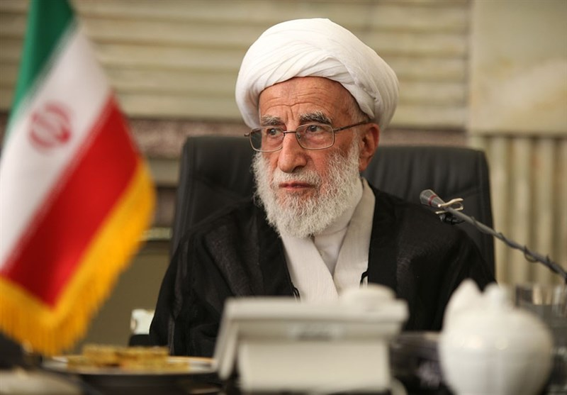 Ayatollah Jannati Re-Elected as Iran's Assembly of Experts Chief