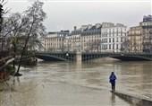 Paris on Alert amid Floods as Seine Reaches Its Peak