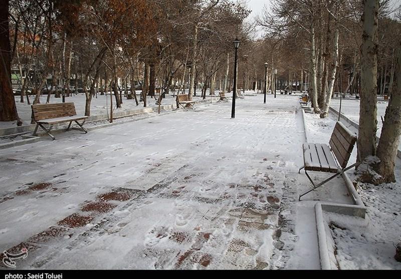 اردبیل|بارش برف خاطرات تلخ و شیرینی را برای اردبیلیها رقم زد+فیلم