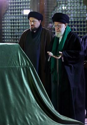 حضور مقام معظم رهبری در مرقد مطهر حضرت امام خمینی(ره) بنیانگذار انقلاب اسلامی