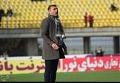 ویسی: برخورد هواداران فولاد با پورموسوی دور از انصاف بود/ استقلال خوزستان در لیگ برتر میماند