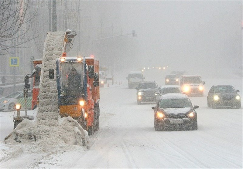 Heaviest Snowfall on Record Blankets Moscow Killing One