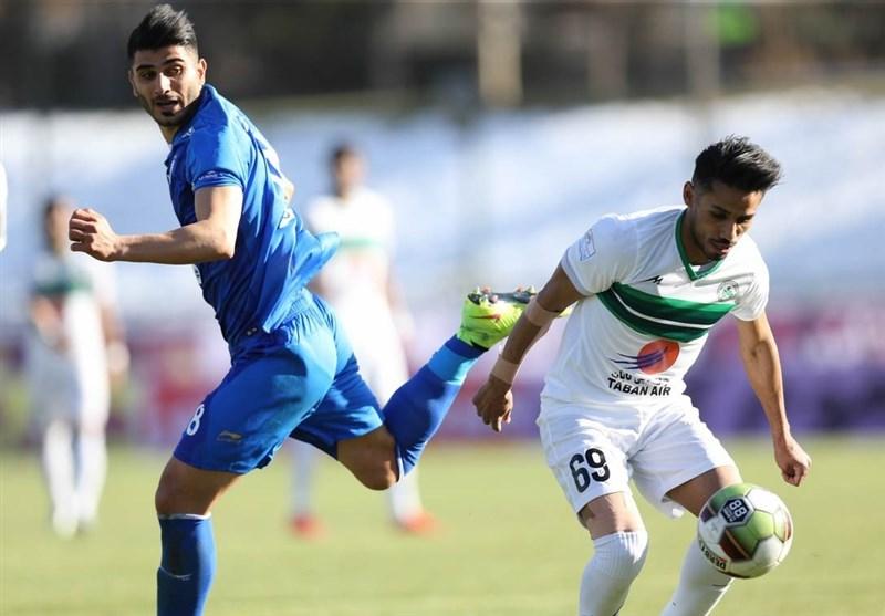 لیگ برتر فوتبال|برتری ذوبآهن برابر استقلال در 45 دقیقه اول