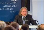 Alman Uzman: İran, İslam İnkılabı'yla Bölgede Belirleyici Güç Oldu