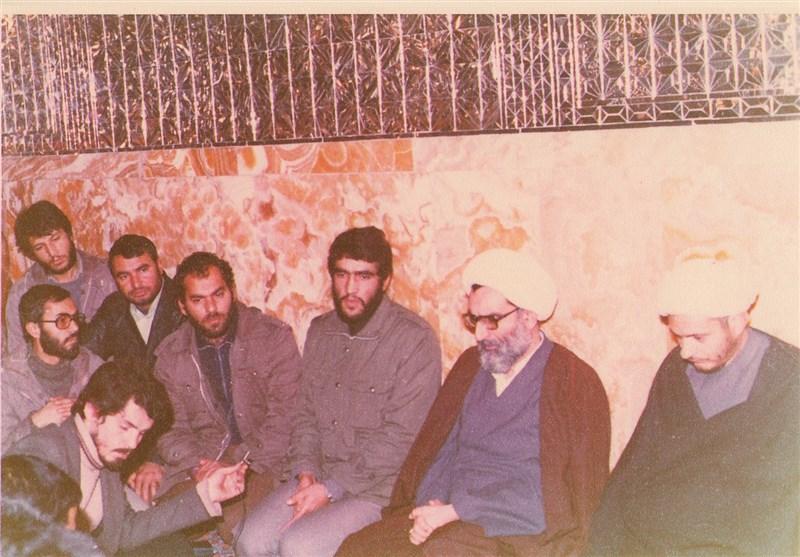 جهاد سازندگی   انتشار عکس زیرخاکی از وزیر بهداشت