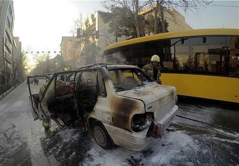 خونسردی راننده اتوبوسی که مأموران پلیس را زیر گرفت: شد دیگه، چه کار کنم؟+فیلم