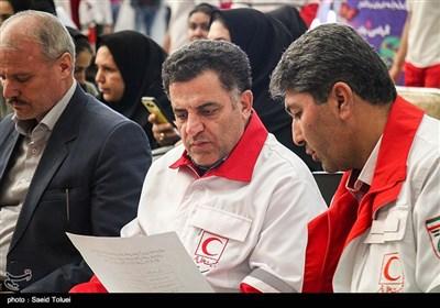 اقلام زندگی زلزله زدگان با کالای ایرانی تامین می شود/تعطیلات نوروز تقسیم شود