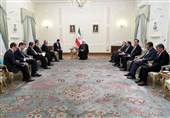 Iran President Urges Respect for Sovereignty of Neighbors