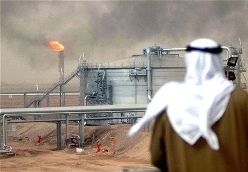 بلومبرگ: میادین نفتی عربستان زیر آتش قرار گرفته اند