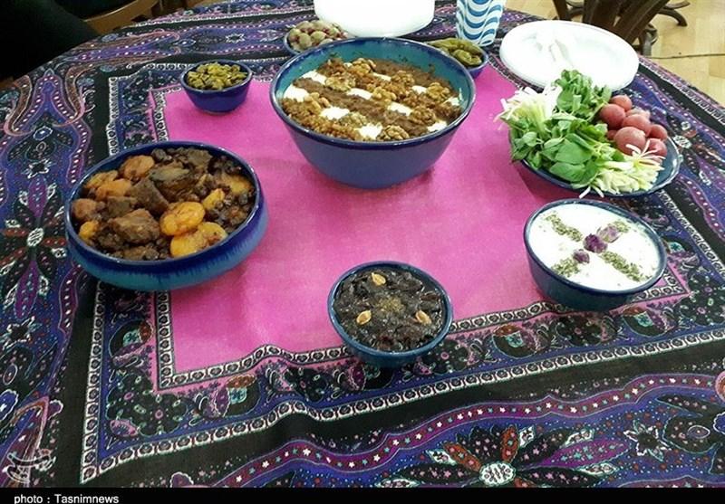همدان کاروانسرای شاه عباسی فرسفج میزبان جشنواره غذاها و بازیهای بومی محلی